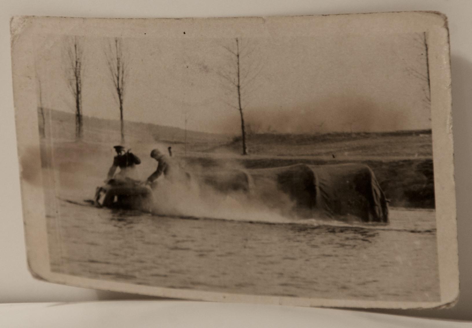 brození řeky v3s vejtřaska