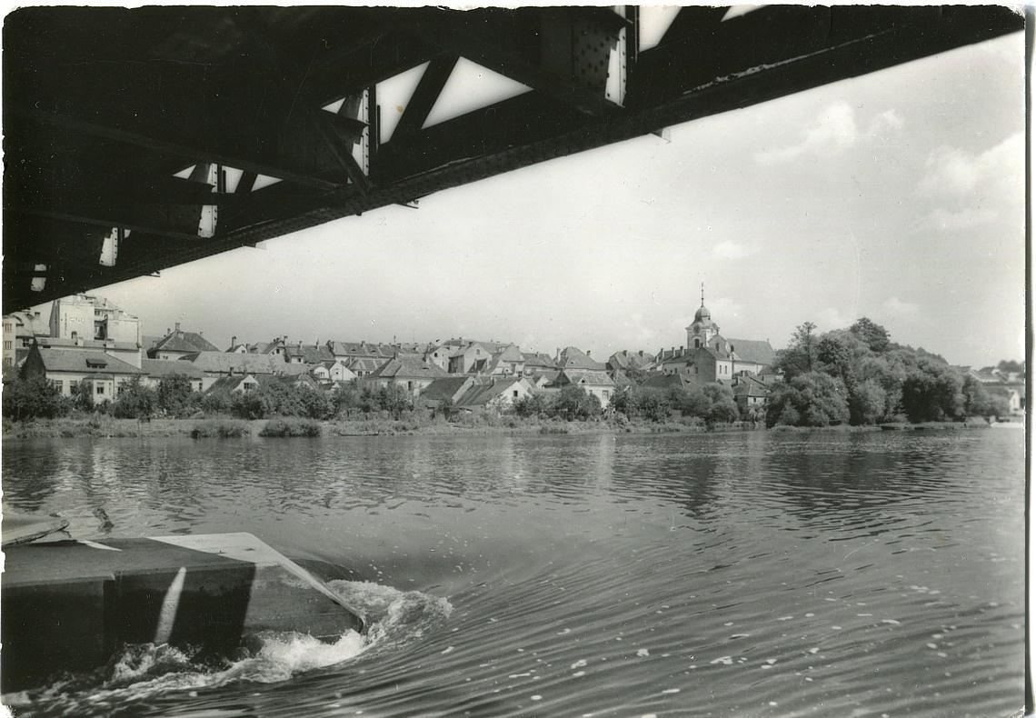 is-0003-dolni-brasov-zpod-stareho-mostu-1140
