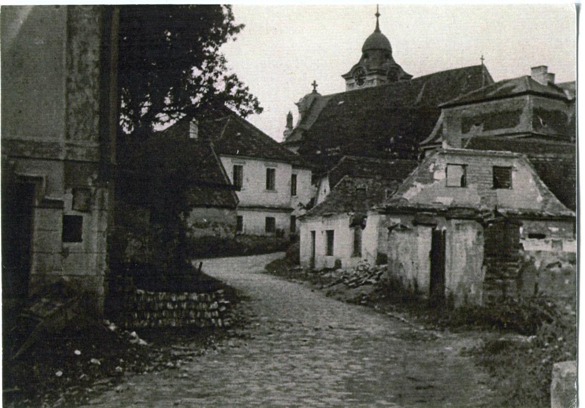 is-0031-dolni-brasov-ulicka-pod-farou-1140