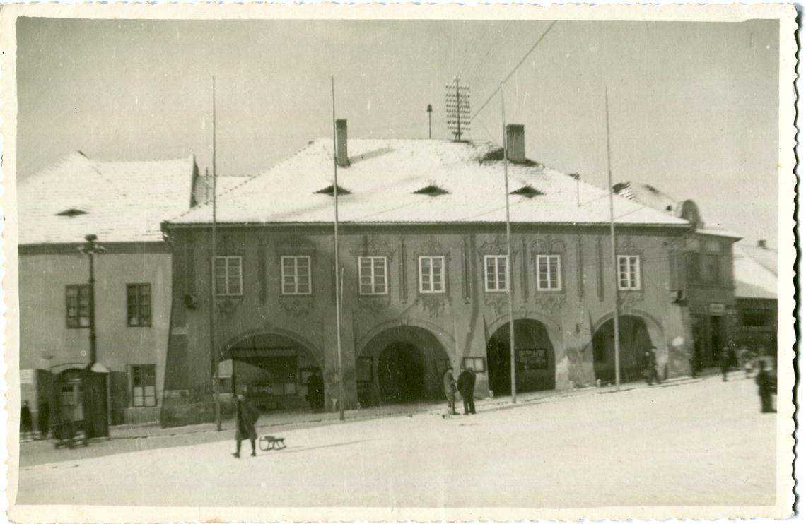 is-0039-radnice-se-stozary-1140