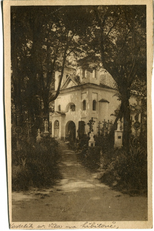 is-0050-kostelik-sv-vita-na-hrbitove-1140