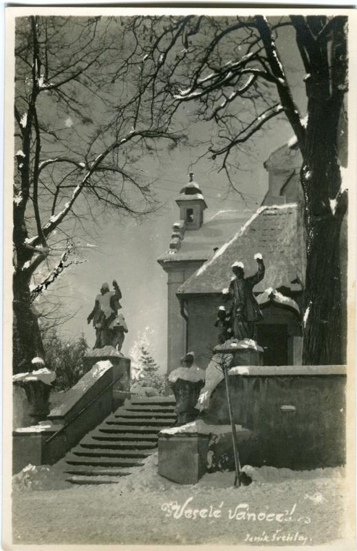 is-0068-schody-ke-kostelu-v-zime-1140