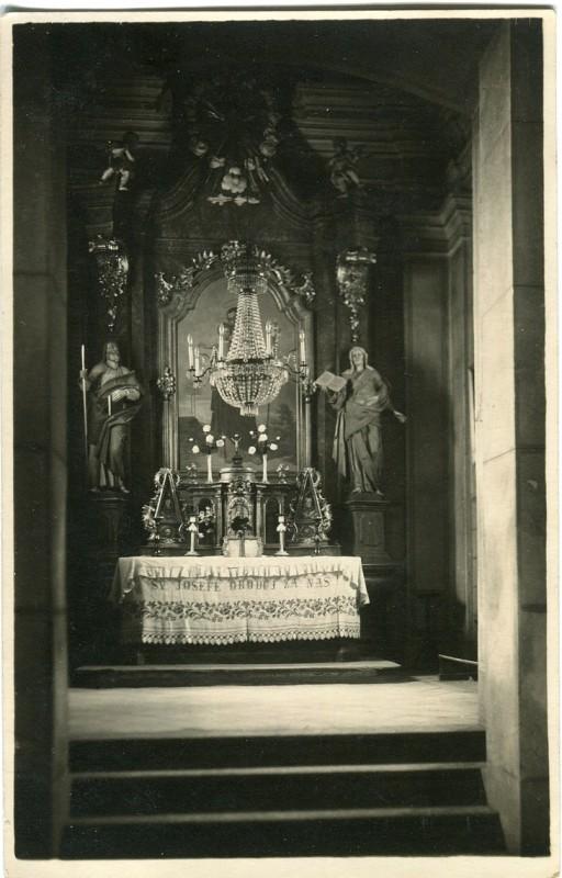 is-0219-oltar-kostel-tyn-1140