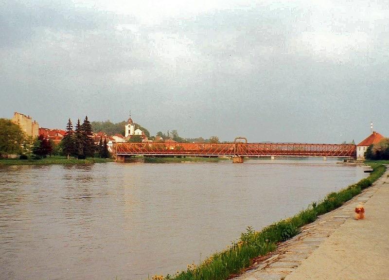 vn-0009-zlaty-stary-most-1996